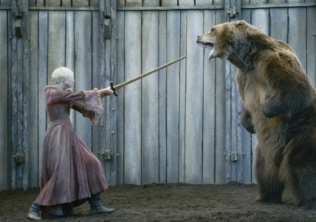 Brienne vs The Bear - Game of Thrones